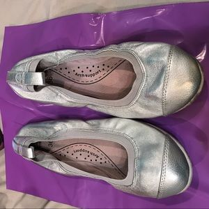 Pediped silver flats orthopedic shoes